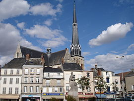 The Place du Martroi, in Pithiviers