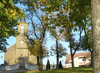 Altviller - The town hall square in Altviller