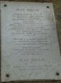 Plaque en hommage à Jean Moulin croix d'or montpellier.png
