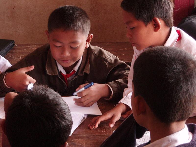 Dzieciom z ADHD często trudniej skupić się na jednej czynności, na przykład na odrabianiu prac domowych