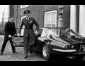 Prins Bernhard arriveert op 19 december 1966 in zijn Ferrari bij Paleis Huis ten Bosch in 's-Gravenhage.png