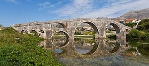 Trebinye: Puente Arslanagić, Trebinje, Bosnia y Herzegovina, 2014-04-14, DD 28