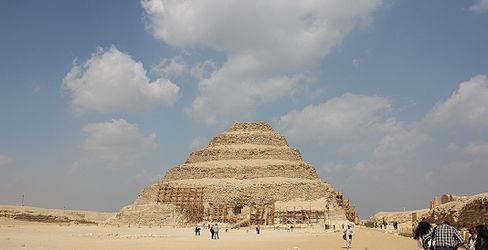 Pyramid of Djoser 2010 10.jpg