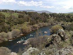 Río Lozoya a su paso por Buitrago.jpg