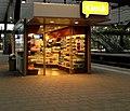 RD cs kiosk (9097525153).jpg