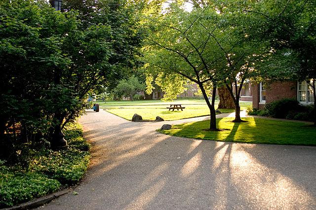 Кампус Рид-колледжа