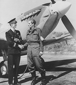 "René Mouchotte - René Mouchotte and Sqn Ldr ""Jack"" Charles at RAF Biggin Hill in May 1943"