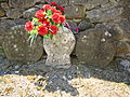 Restoue (Laguinge-Restoue, Pyr-Atl, Fr) vieilles stèles basques fleuries.JPG