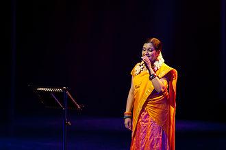 Rimi Tomy - A stage performance