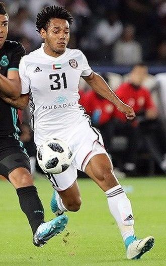 Adidas Telstar 18 - The Adidas Telstar 18 being used in the 2017 FIFA Club World Cup semi-final between Al-Jazira and Real Madrid.