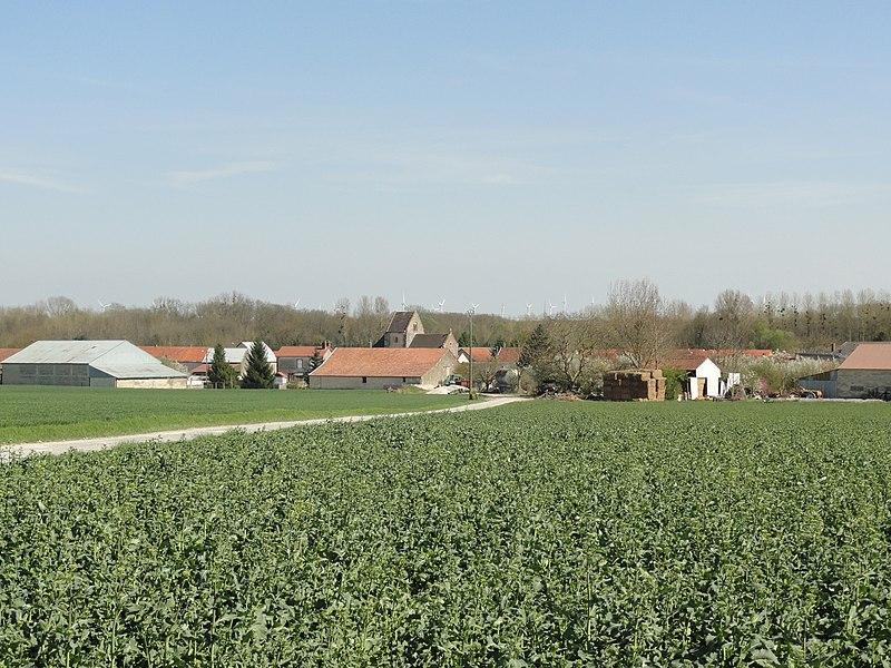 Vue du village de Rouffy (Marne, France), depuis le nord.
