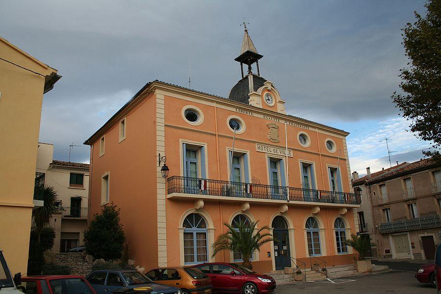 Roujan (Hérault) - hôtel de ville.