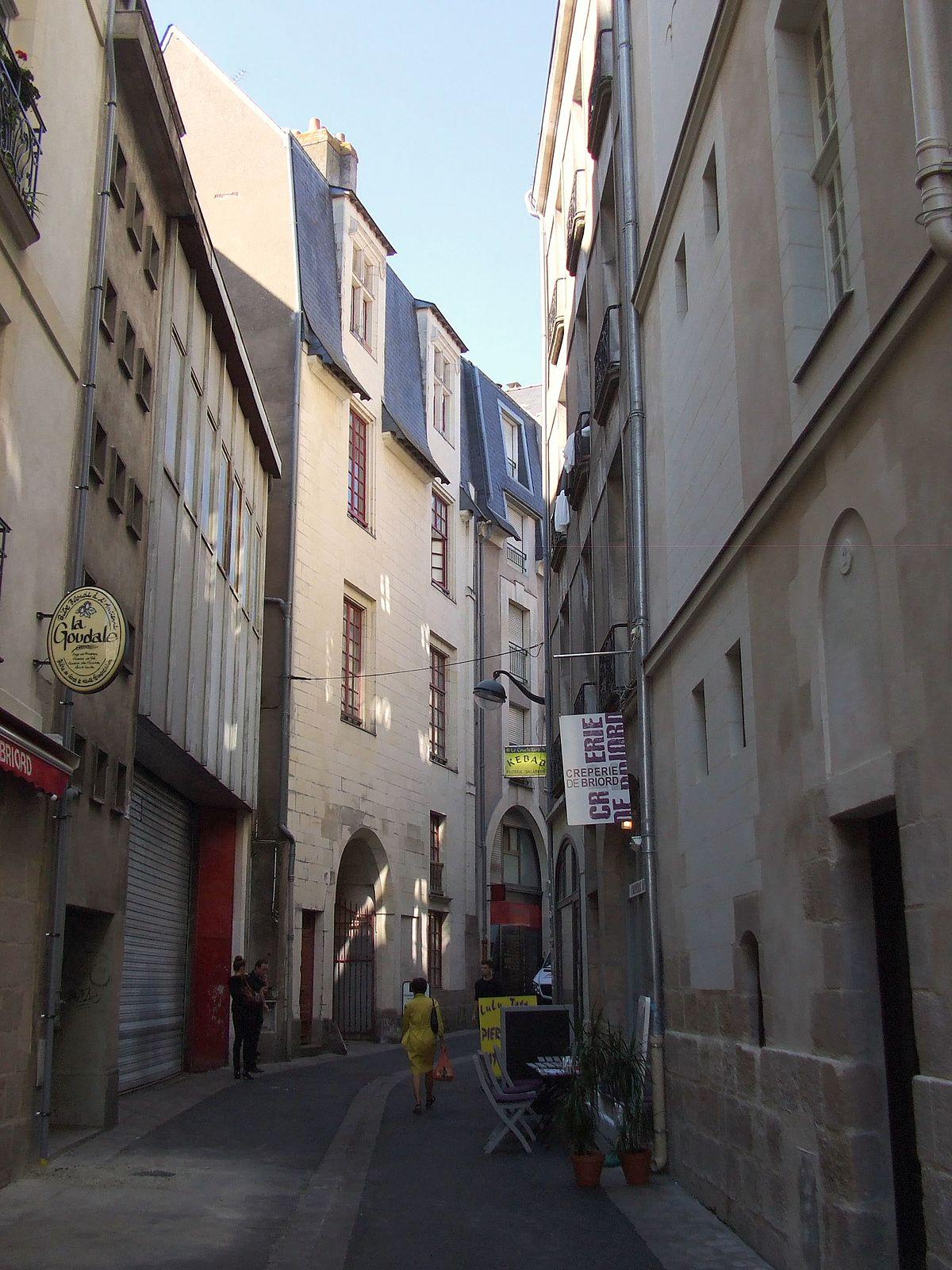 trendy rue de briord u wikipdia cuisiniste nantes rue de. Black Bedroom Furniture Sets. Home Design Ideas