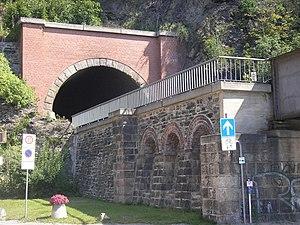 Gera Süd–Weischlitz railway - South portal of the Schlossberg tunnel in Greiz
