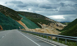 Tepelenë - The new SH4 between Fier and Tepelenë.