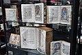 Salon du livre ancien et de l'estampe 2013 077.jpg