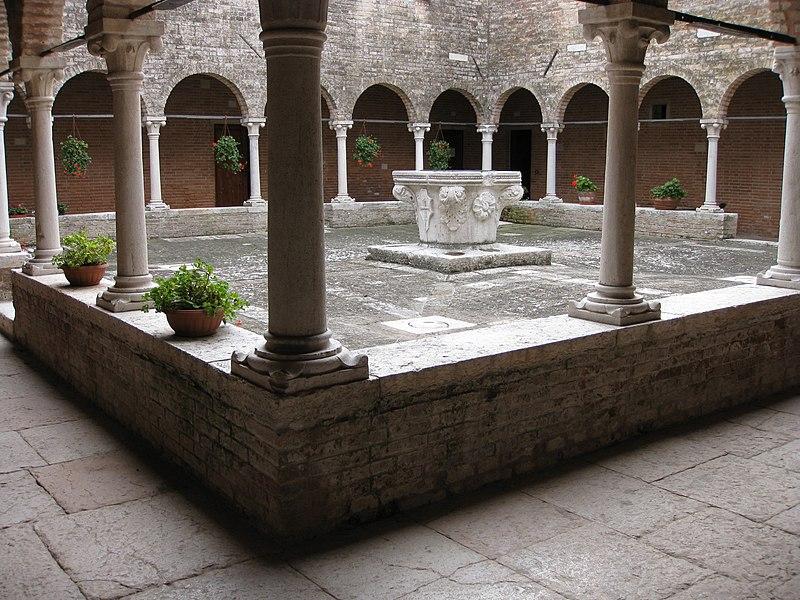 File:San Francesco del Deserto 04.jpg
