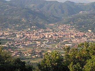 Sarzana - Image: Sarzana Panorama (da Monte Caprione)