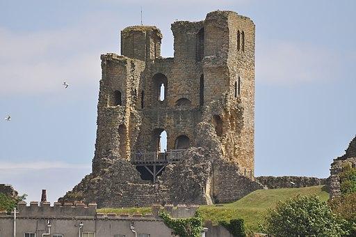 Scarborough Castle - geograph.org.uk - 1951734