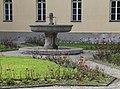 Schalenbrunnen im Nordfriedhof Muenchen-9.jpg
