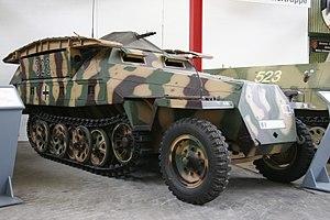 "Sd.Kfz. 251 - Sd.Kfz. 251/7 ""Pionierpanzerwagen"""