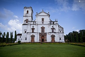 Goa - The Se Cathedral at Old Goa, an example of Portuguese architecture and one of the largest churches in Asia.