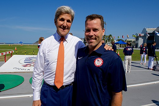 Secretary Kerry poses with U.S. men's volleyball coach Charlie Sullivan at the Brazilian Naval Academy in Rio de Janeiro (28787760955).jpg