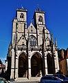 Semur-en-Auxois Collégiale Notre-Dame Fassade 2.jpg