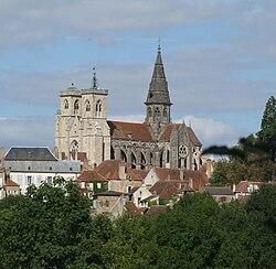 Semur - Notre-Dame.jpg