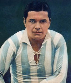 Manuel Seoane - Seoane with the Argentina jersey in 1923.