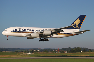 Singapore Airlines A380-800 9V-SKJ ZRH 2010-7-20.png