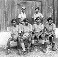 Sitzend von links -Hermenegildo Alves, Tomas Dias Ximenes, Tomas Gonçalves, stehend Agostinho Espírito Santo, Manuel Soares 1962-1965.jpg