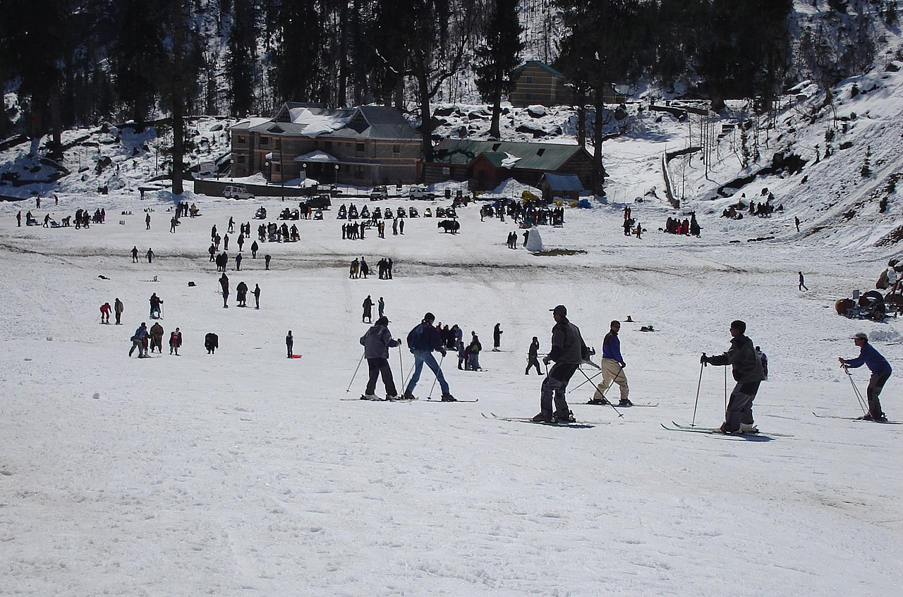 Skiing at Solang near Manali, Himachal Pradesh