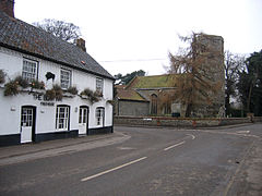 St Andrew's and Boar Inn Ryburgh.jpg