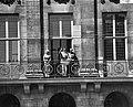 Statiebezoek koning Boudewijn , Koningin, Koning Boudewijn , Prins Bernhard op b, Bestanddeelnr 910-5010.jpg