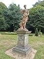 Statue de Diane Chasseresse (Château de la Houssaye).jpg