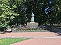 """Statue of Camilla Collett by Gustav Vigeland 1909, in the """"Slottsparken"""" outside the Royal Palace (""""Slottet"""") in Oslo, Norway 2018-09-15 IMG 7784.jpg"""