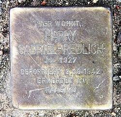 Photo of Harry Gabriel-Redlich brass plaque