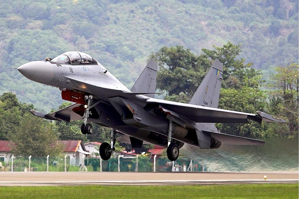 Su30mkm takeoff at lima