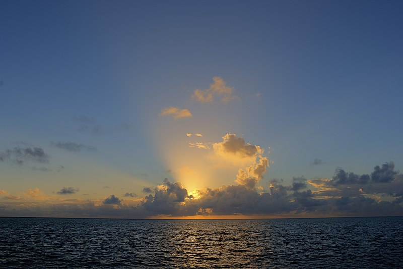 File:Sunrise at San Andres (8307356373).jpg