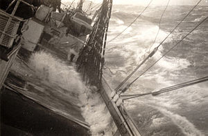 Suomen Joutsen - Suomen Joutsen in a storm on her third voyage in April 1934.