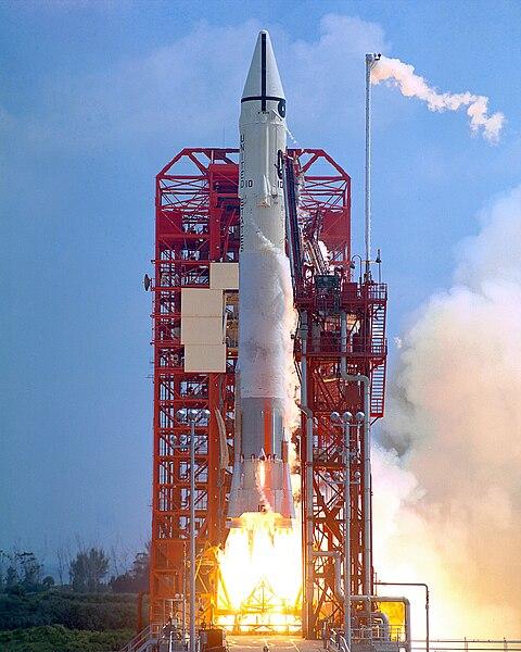 File:Surveyor 1 launch.jpg