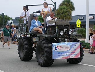 Swamp buggy - Swamp buggy in parade