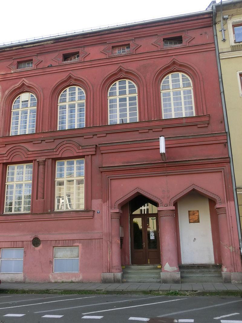 Synagoga - Č. Těšín.JPG