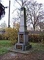 Týneček, Blodkovo náměstí, pomník.jpg