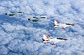 T-50,KF-16 편대비행 (7438338188).jpg