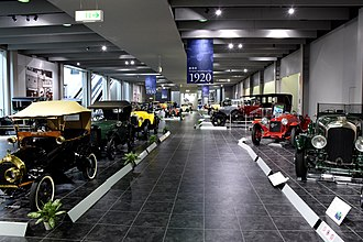 Toyota Automobile Museum - European and American Cars (from the end of the 19th to mid-20th centuries)