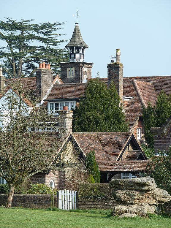File the manor house the lee bucks jpg wikimedia commons for Lee homes