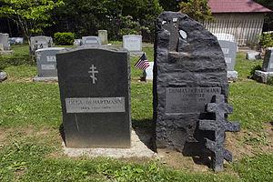 Thomas de Hartmann - Image: Thomas de Hartmann and Olga de Hartmann graves at Princeton Cemetery
