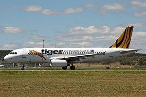 Tiger Airways Airbus A320-232 CBR Gilbert-3.jpg